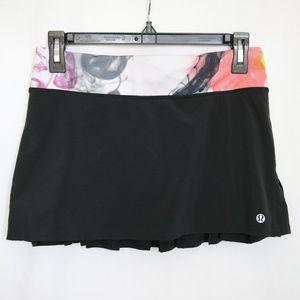 Lululemon Run Speed Skirt size 4